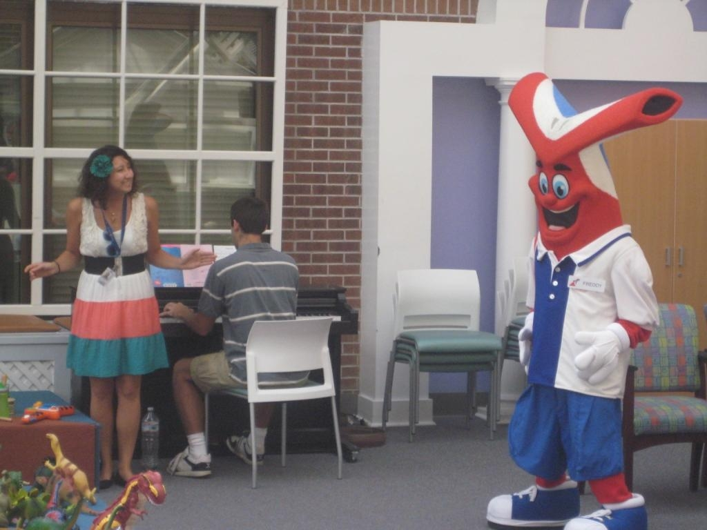 Carnival Cruise Lines Brightens Patients' Spirits at MUSC