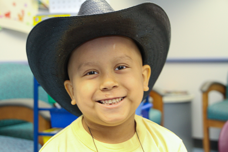 Carnival Cruise Lines Comedian Does His Part to Brighten the Lives of Children with Cancer