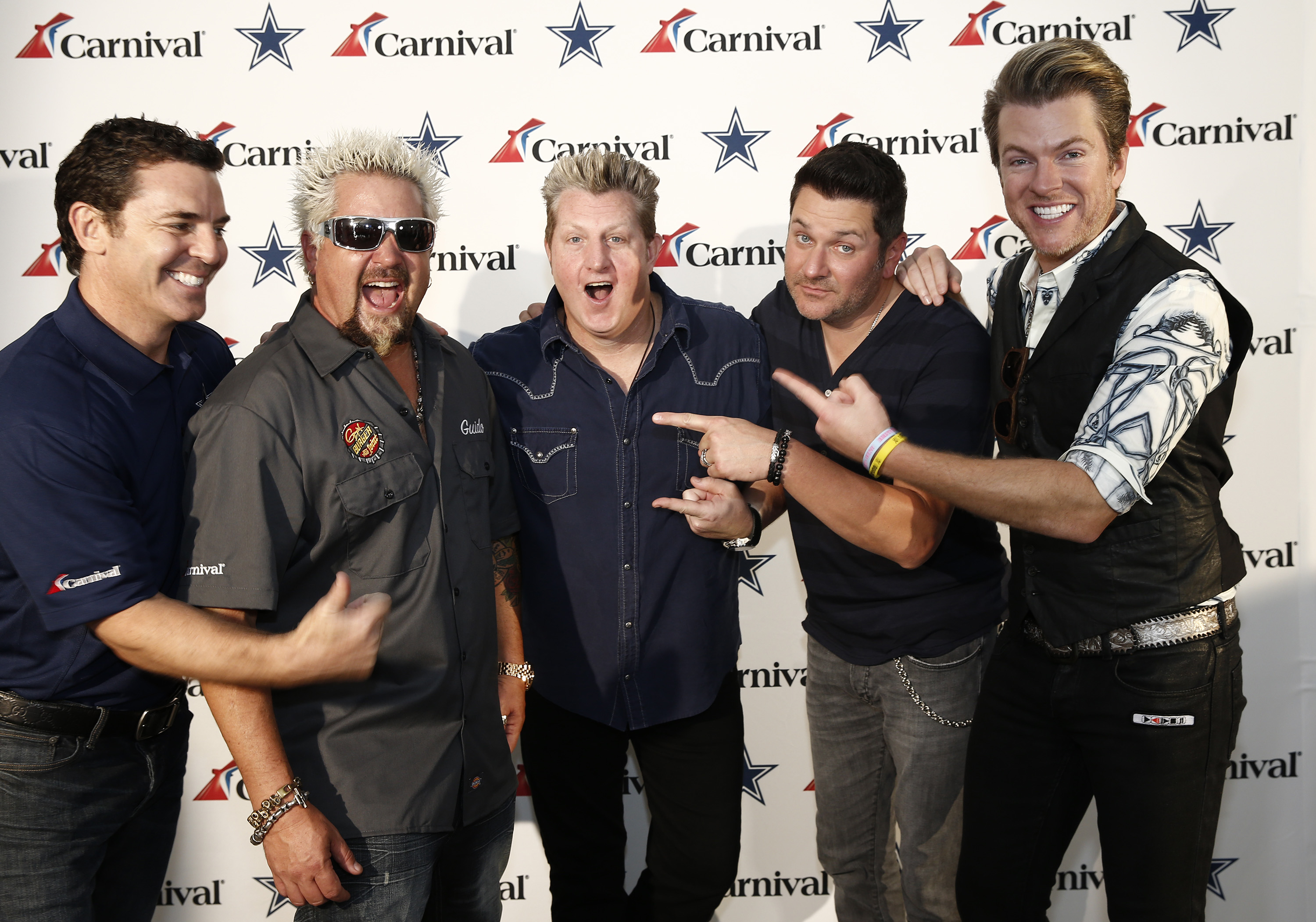Carnival cruise lines dallas cowboys tailgate takeover featuring carnival cruise lines dallas cowboys tailgate takeover featuring chef guy fieri country music superstars m4hsunfo