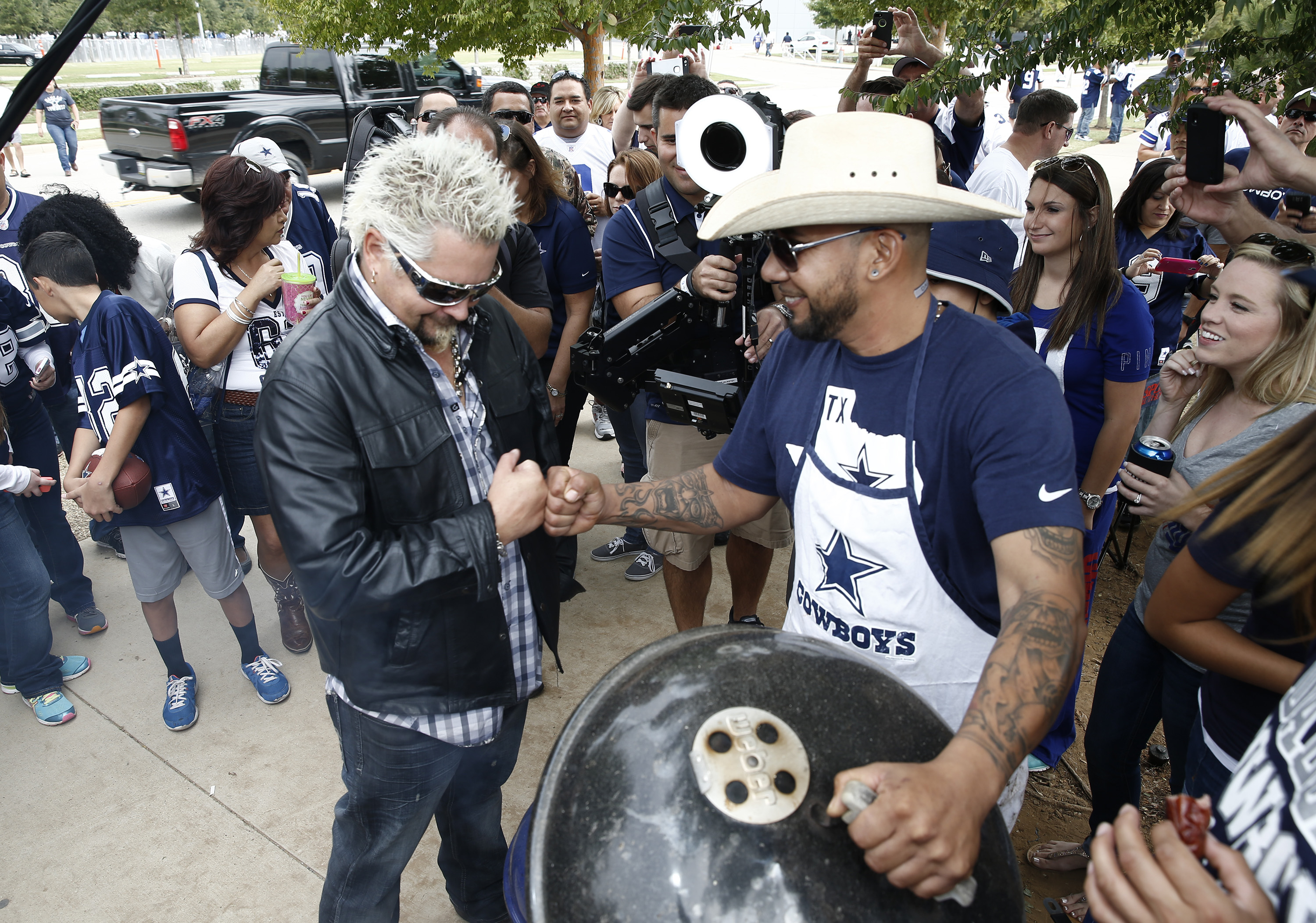 Carnival Cruise Lines' Dallas Cowboys Tailgate Takeover Featuring Chef Guy Fieri, Country Music Superstars Rascal Flatts Showcased in New Video