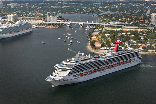 Carnival Conquest's Arrival in Fort Lauderdale Marked with Traditional Maritime Plaque Exchange