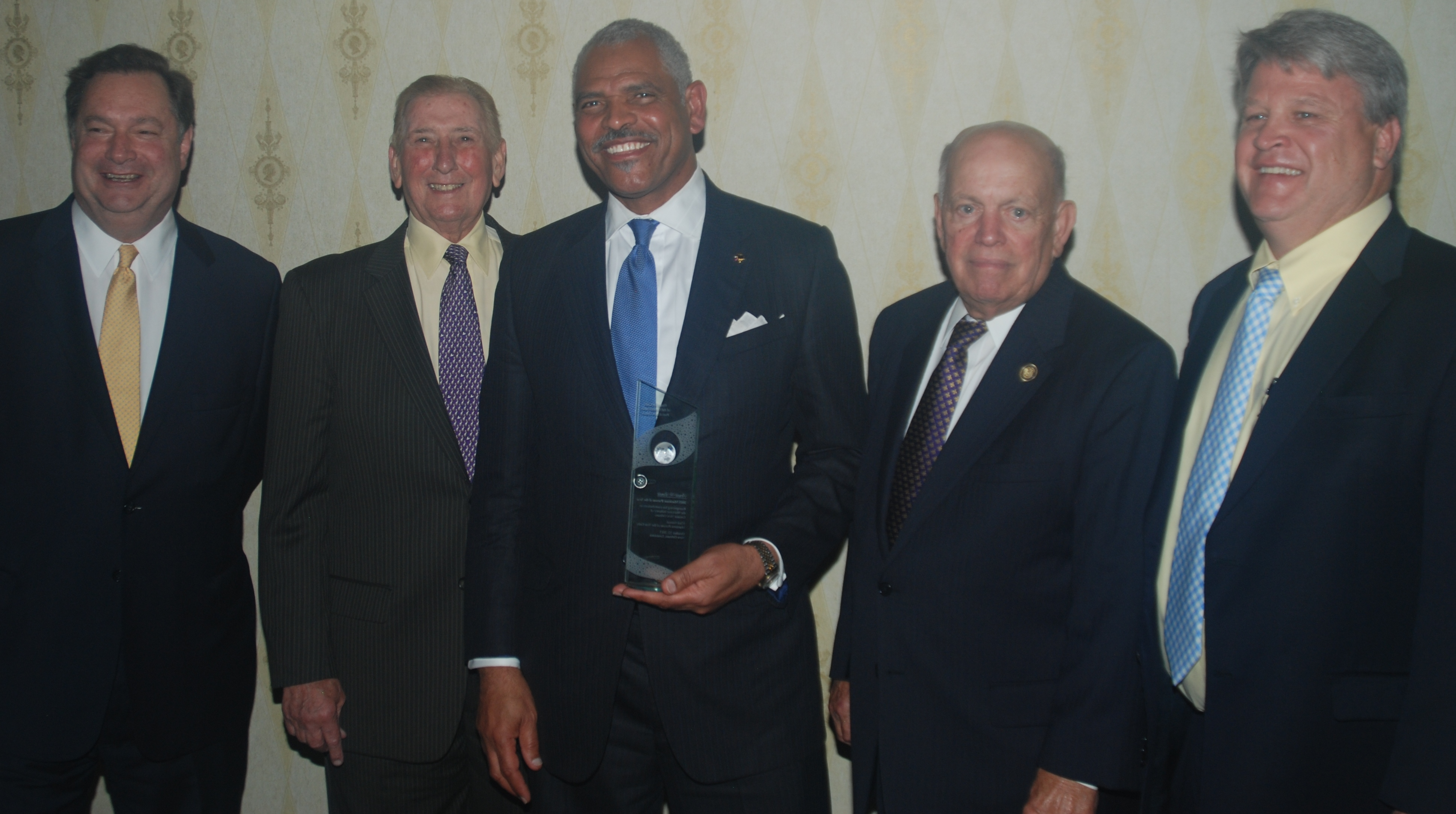 Carnival Corporation CEO Arnold Donald Named Maritime Person of the Year by the Propeller Club of the Port of New Orleans