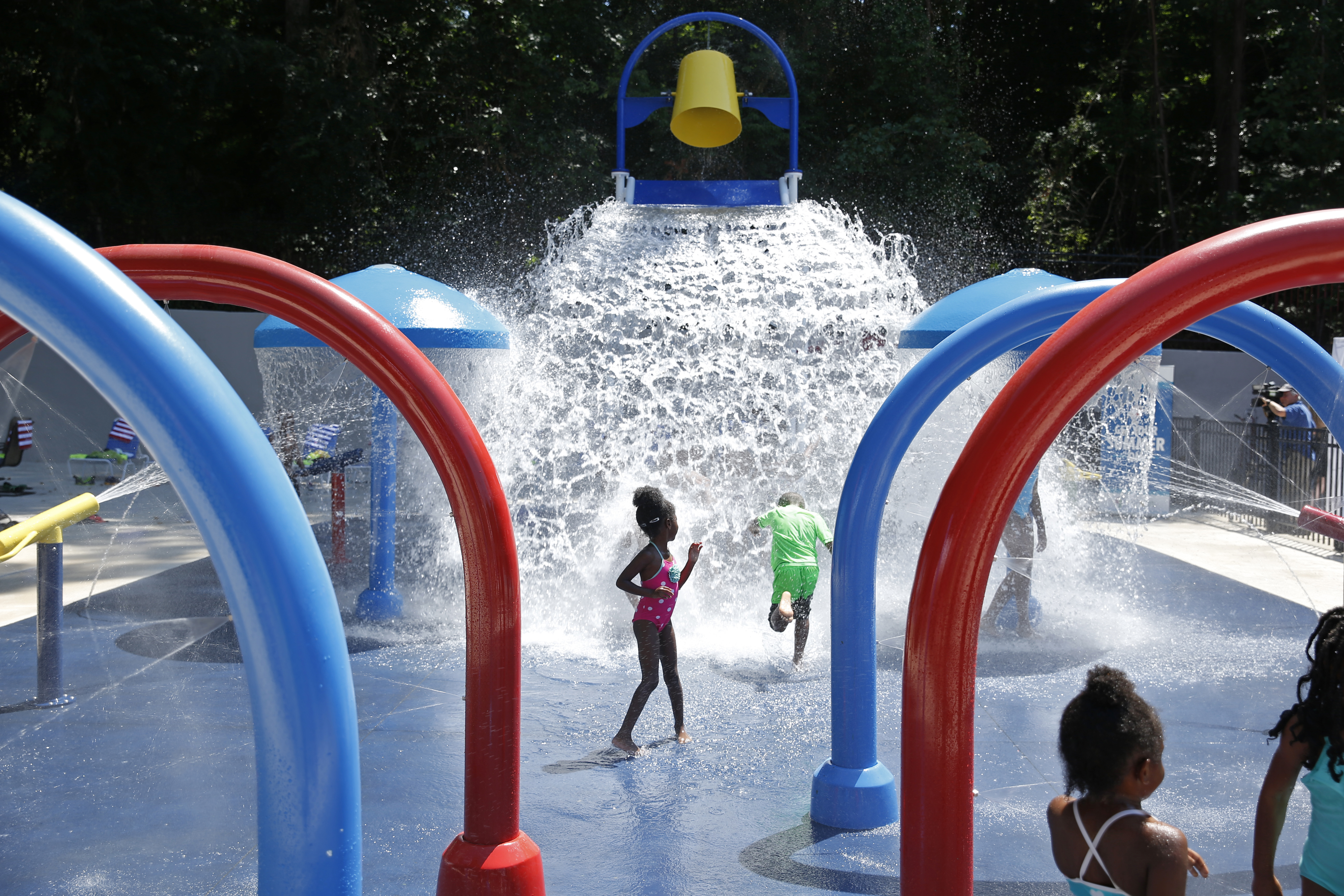 Carnival Cruise Line Celebrates Opening of Splash Island at Atlanta's Adams Park With Fun-Filled Event for Local Community