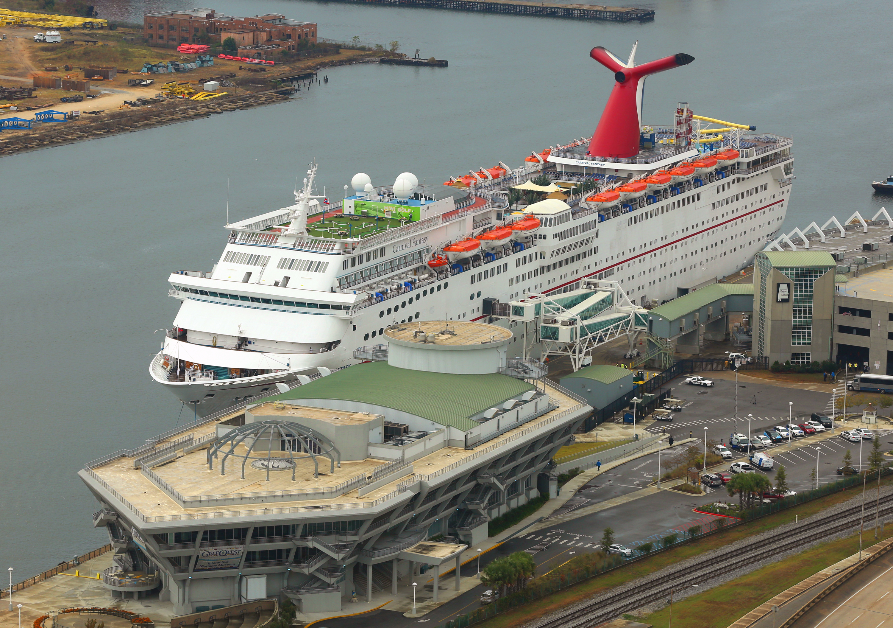 Carnival Fantasy Arrives At Mobile, ALA., Kicks Off Four- And Five-Day Cruise Schedule From Alabama Cruise Terminal Today