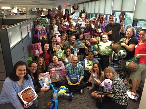 Carnival Cruise Line Makes the Holidays Brighter for Children and Their Families