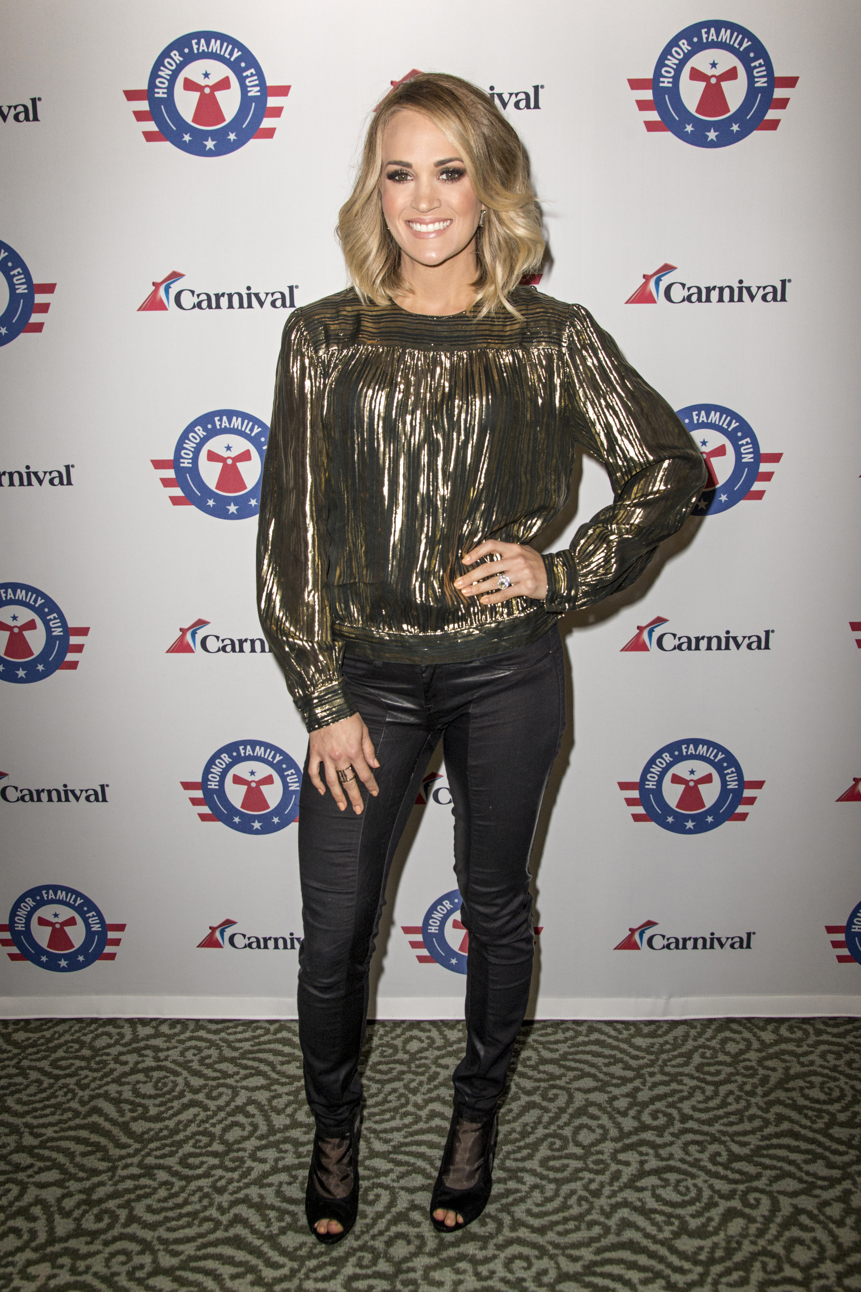 Country Music Superstar Carrie Underwood Performs to a Sold-Out Crowd Aboard Carnival Imagination in Catalina Island