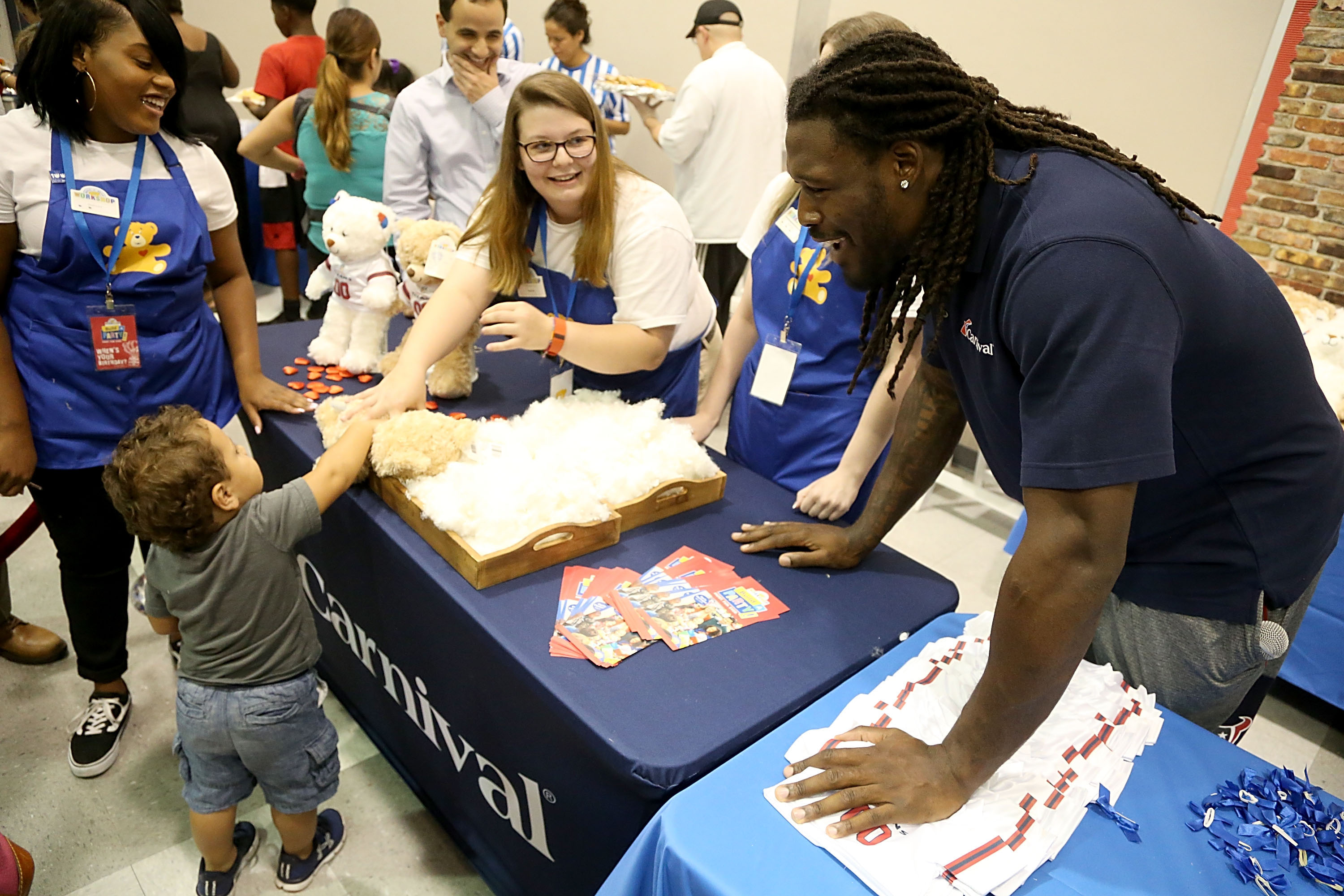 Carnival Cruise Line And Houston Texans Gear Up For 'Summer Kickoff' Event With The Boys & Girls Clubs Of Greater Houston