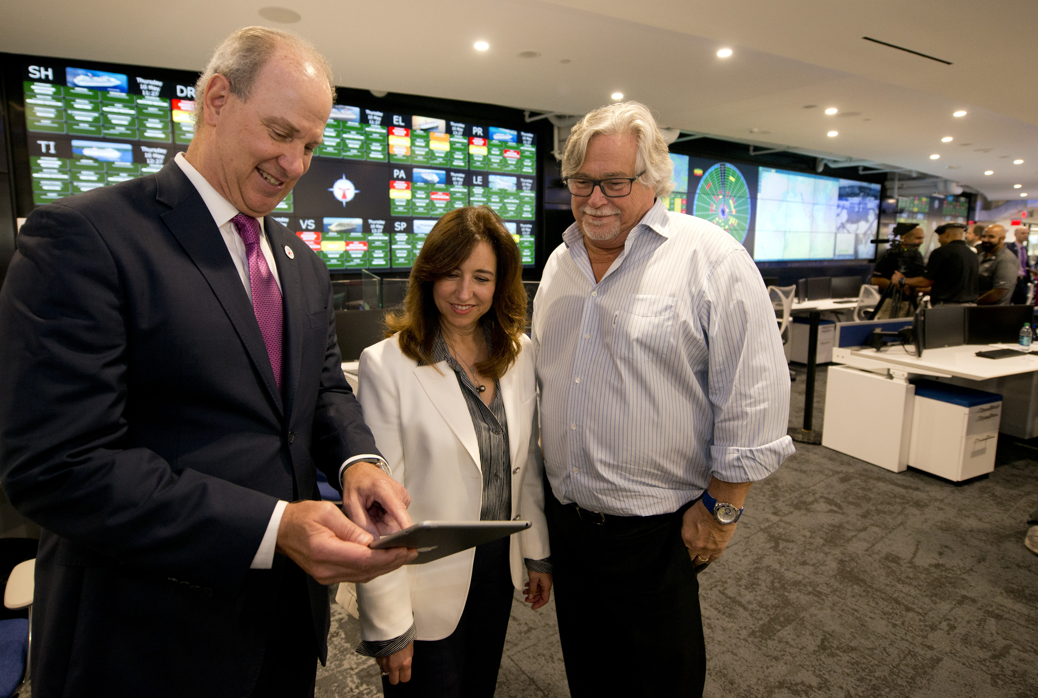 Carnival Cruise Line Unveils Largest, Most Technologically Advanced Operations Center in Cruise Industry