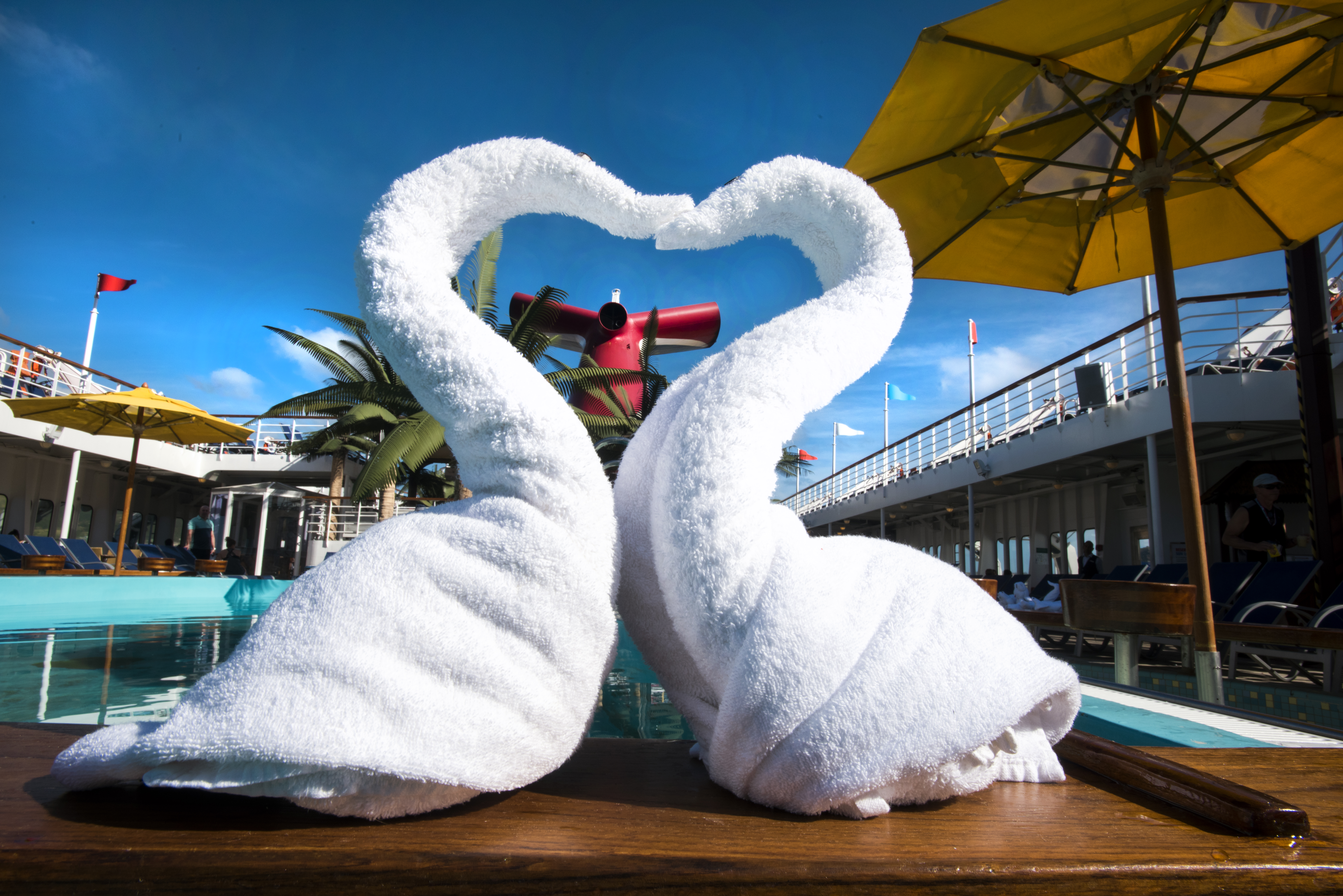 Love is in the Air... and Sea! Carnival Cruise Line to Host Biggest Vow Renewal at Sea with More Than 1,000 Couples Expected to Say 'I Do' Across The Fleet