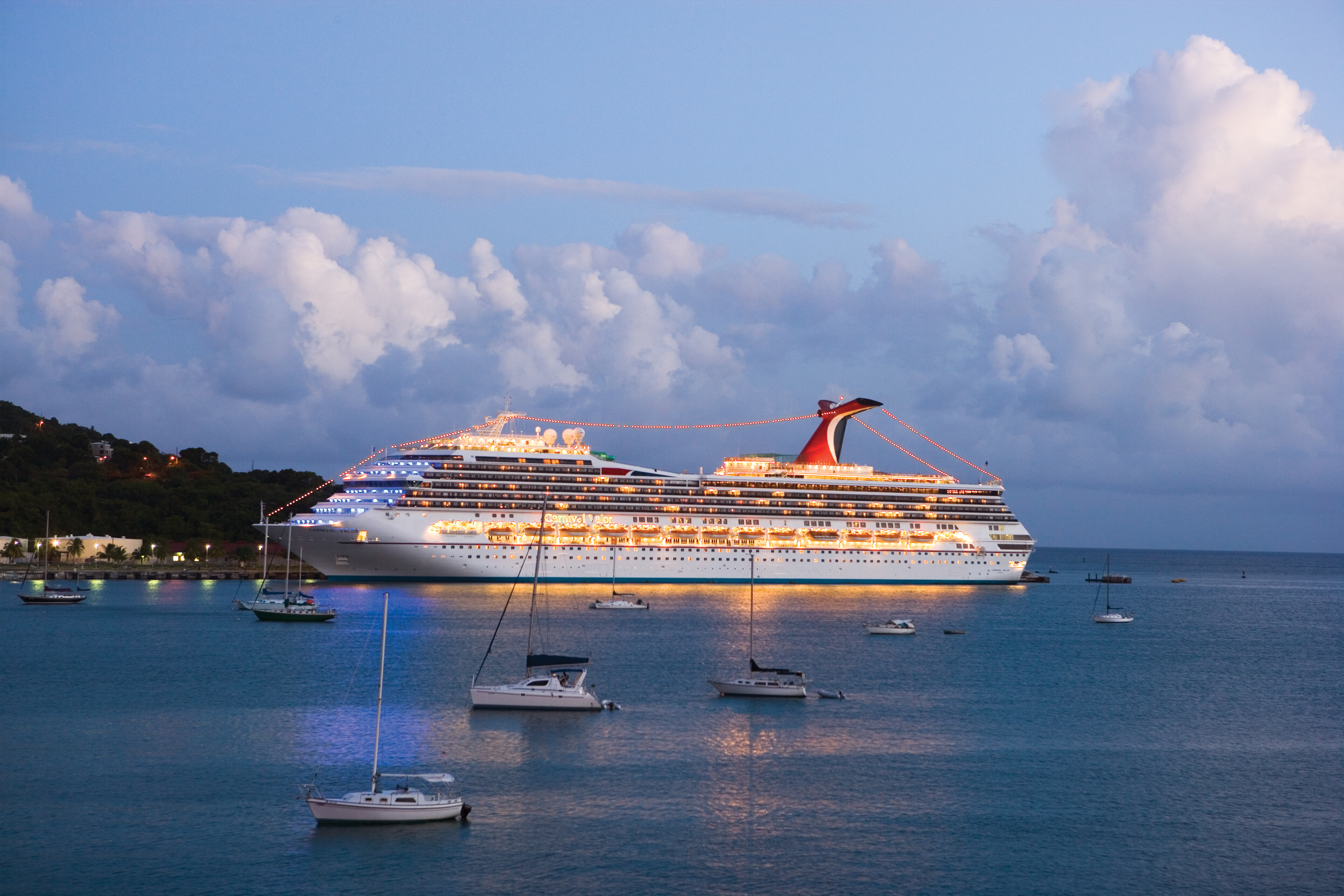 Carnival Valor Earns Best Shore Excursions Honors in Cruise Critic Cruisers' Choice Awards