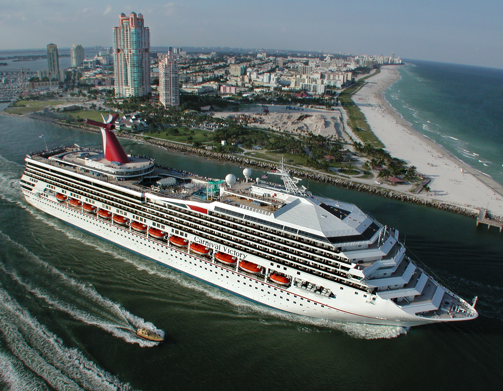 Carnival Victory En Route to Cadiz, Spain for 38-Day Dry Dock, Will Emerge as Carnival Radiance